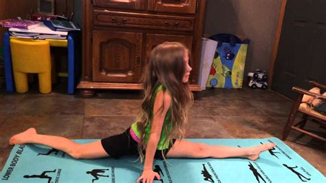 CHEER & DANCE STRETCH SPORTS STRETCHING ABS YOGA WORKOUT
