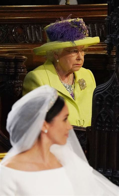 Queen Elizabeth Royal Wedding Outfit - What the Queen Wore