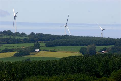 Wind Turbine Syndrome' Blamed For Health Issues In Cape