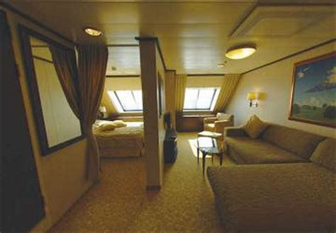 Tallink Silja Galaxy ferry review and ship guide