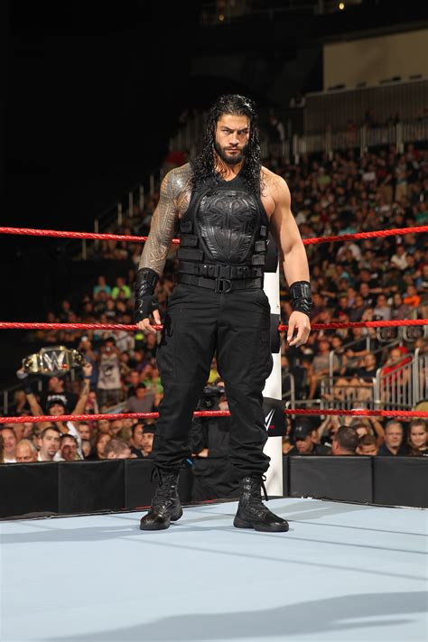 WWE Raw results 10 October: Did Roman Reigns and Sasha