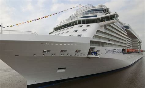 Celebrity Reflection - current position - track live & in
