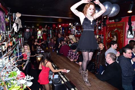Coyote Ugly Saloon turns 25th — InvitedNYC