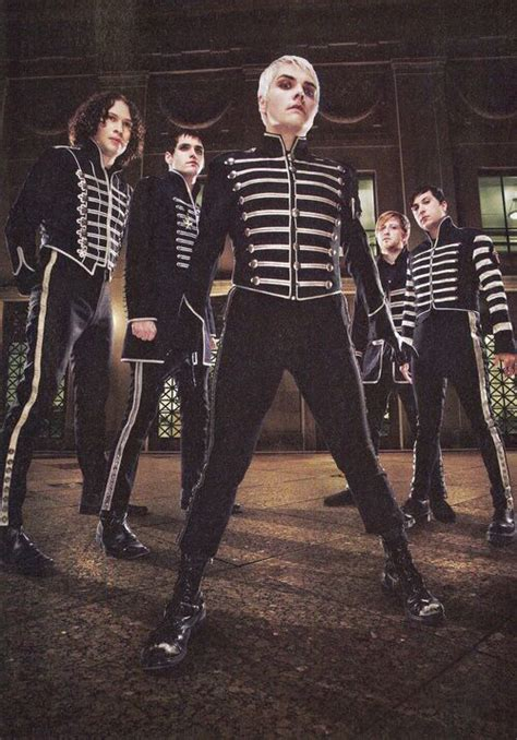 Black Parade (With images)   My chemical romance wallpaper