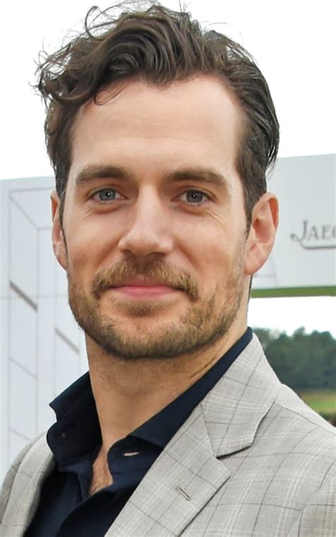 Henry Cavill's mustache to be digitally shaved in