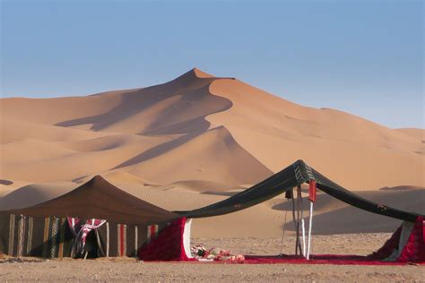 Berber Tent In The Sahara • Interactive Sound Player