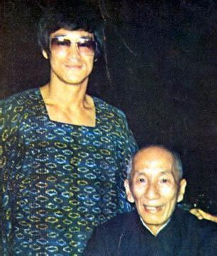 Why Did Bruce Lee NOT Attend IP Man's Funeral? Did They