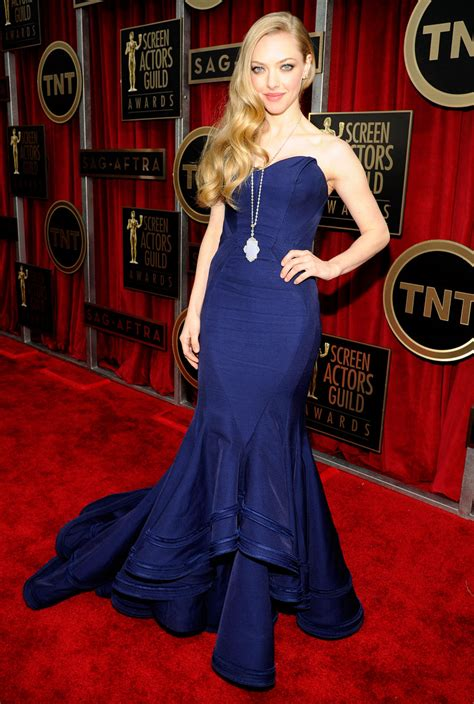 Amanda Seyfried Height and Weight Stats - PK Baseline- How