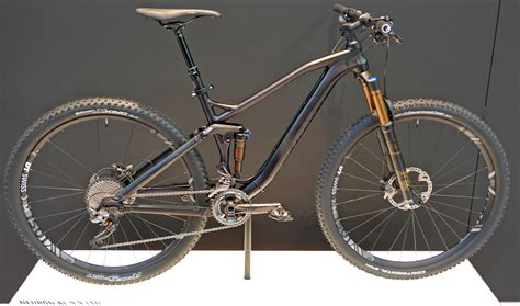 EB16: Canyon trickles down carbon tech for new Speedmax