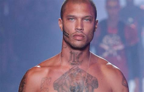 This is what hot felon Jeremy Meeks net worth is   Girlfriend
